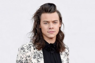 Harry Styles Is Moving To An Old Naval Ship To Prepare For His Movie Role