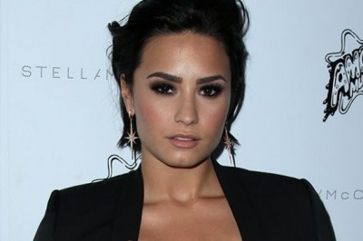 Demi Lovato inspired by Kardashians to appreciate her figures