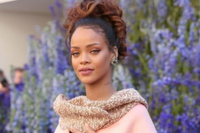 Rihanna Amazed by Fan's Voice